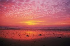 Come and watch the stunning sunsets on offer in North Wales in these four locations!