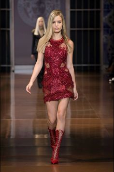 Autumm/ Winter 2014/15 The World of Versace. Wish her clothes  was mine too :)   www.Vercase.com FOLLOW ME!