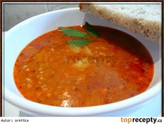 Gulášová polévka z mletého masa Czech Recipes, Ethnic Recipes, What To Cook, Food 52, Bon Appetit, Ham, Recipies, Food And Drink, Cooking Recipes