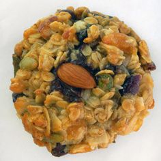 Hiker: a honey & oats cookie with lots of dried fruit and nuts.  Six petite size cookies in a sharepack.