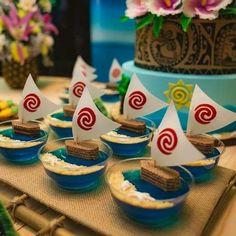 Atina's Party Third Birthday Party Moana Theme . Moana Birthday Party Theme, Moana Themed Party, Luau Birthday, 6th Birthday Parties, Third Birthday, Luau Party, Cake Birthday, Birthday Ideas, Festa Moana Baby