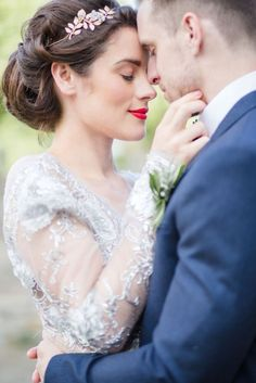 Coiffure mariage : Style Me Pretty The Vault