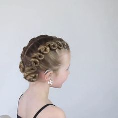 Ballet Hairstyles, Old Hairstyles, Sweet Hairstyles, Little Girl Hairstyles, Hair Health And Beauty, Hair Beauty, Dance Competition Hair, Split Dyed Hair, Undercut Long Hair