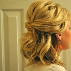 Wedding Hair Down Half Up Half Down Wedding Hairstyles For Medium Length Hair Updos For Medium Length Hair, Wedding Hairstyles For Medium Hair, Short Hair Lengths, Wedding Hairstyles Half Up Half Down, Up Dos For Medium Hair, Medium Hair Styles, Curly Hair Styles, Medium Lengths, Updo Curly