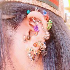 Jewelry Tattoo, Ear Jewelry, Body Jewelry, Jewlery, Funky Jewelry, Cute Jewelry, Body Peircings, Pretty Ear Piercings, Mein Style
