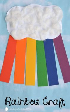 Construction Paper Rainbow Craft for Kids Rainbows make me so happy! While nothing beats spying a real rainbow, this construction paper rainbow craft is a lot of fun too! Construction Paper Art, Construction For Kids, Construction Paper Projects For Kids, Spring Crafts For Kids, Paper Crafts For Kids, Craft Kids, Craft With Paper, Arts And Crafts For Kids Toddlers, Kids Fun