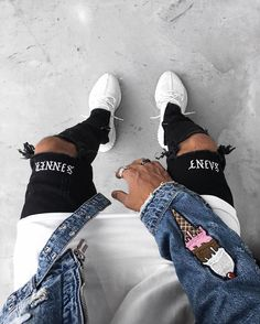 """1,141 mentions J'aime, 31 commentaires - Michael Berglund (@maiknila) sur Instagram : """"ice creams #ootd #yeezy"""""""
