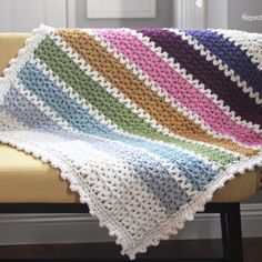Quick and Easy Chunky Crochet V-Stitch Afghan (Leslie's Lapghan)