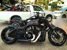 Vrod Custom, Custom Harleys, Custom Motorcycles, Custom Bikes, Custom Bobber, Harley Davidson Custom Bike, Motos Harley Davidson, Motorcycle Events, Motorcycle Bike