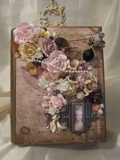 Suzie Crafter Altered Box