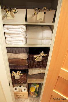 want to convert my hall closet to a linen closet.love this organization Linen Closet Organization, Closet Storage, Organization Ideas, Hall Closet, Closet Space, Casa Stark, Big Closets, Linen Closets, Tiny Closet