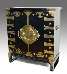 Mother of Pearl Coffee Table with Lacquer Wooden Tiger Leg Grape ...