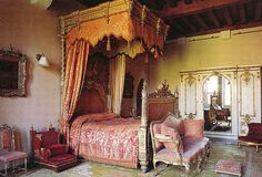 Arundel Castle Queen Victoria Room by Glenister 1936 Castle Bedroom, Castle Rooms, Awesome Bedrooms, Beautiful Bedrooms, Arundel Castle, Royal Bedroom, English Castles, Furniture Inspiration, Queen Victoria