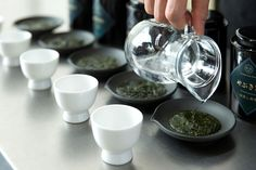 To really appreciate the tea, infuse it in water at 80°, since above this temperature, it would take on bitter and tannic notes in the mouth. Source -> http://www.hoshinoresorts-magazine.com/?p=405&lang=en
