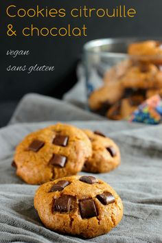 Pumpkin and chocolate chip cookies, vegan and gluten free - food - Raw Food Recipes Desserts Végétaliens, Desserts With Biscuits, Cookies Et Biscuits, Thermomix Desserts, Sugar Cookies, Easy Cookie Recipes, Raw Food Recipes, Sweet Recipes, Best Vegan Snacks