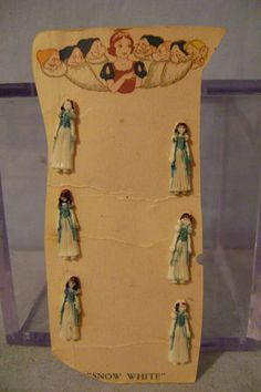 Vintage Snow White Buttons, on original card.