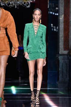 Joan Smalls Photos: Balmain : Runway - Paris Fashion Week Womenswear Spring/Summer 2016