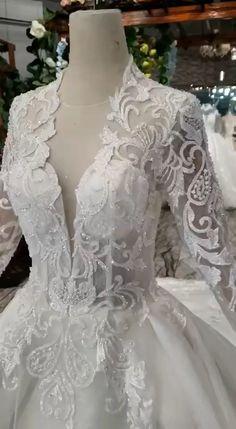 Long Sleeve Wedding, Wedding Dress Sleeves, Long Wedding Dresses, Bridal Dresses, Wedding Gowns, Lace Dress, Tulle Wedding, Wedding Venues, Wedding Dress Patterns
