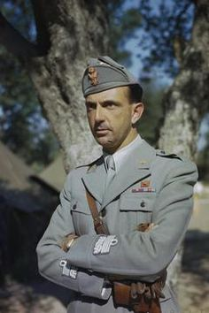 Hrh Prince Umberto of Italy, May 1944 Maria Jose, Military Photos, Military Men, House Of Savoy, Otto Von Bismarck, Girl Drawing Sketches, I Am A Queen, Kaiser, Classic Italian
