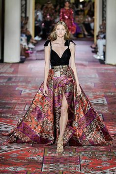 Zuhair Murad Fall 2019 Couture Fashion Show - Vogue Haute Couture Dresses, Style Couture, Couture Fashion, Runway Fashion, Fashion Show Collection, Couture Collection, Zuhair Murad Bridal, International Fashion Designers, Priyanka Chopra
