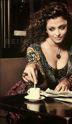 Hello friends welcome filmy groups, we added a bunch best telegram film groups in our website so if you are interested in this category please visit our website. Most Beautiful Bollywood Actress, Bollywood Actress Hot Photos, Indian Bollywood Actress, Bollywood Celebrities, Indian Celebrities, Beautiful Actresses, Aishwarya Rai Cannes, Aishwarya Rai Photo, Actress Aishwarya Rai