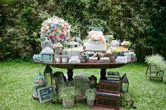 Casamento Vintage e Romântico da Karina e do Felipe - No Blog Clube Noivas - www.clubenoivas.com