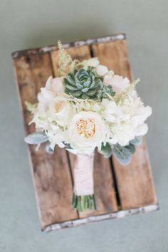 Sweet bouquet perfect for a seaside wedding | Read more: http://www.stylemepretty.com/florida-weddings/2014/09/18/intimate-diy-florida-wedding-at-st-pete-beach/ | Photography: J. Layne Photography - http://jlaynephotography.com/