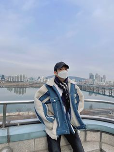 Winwin boyfriend material update ✨ #Winwin #nct #nct127 #nctdream #wayv #nct2020 #nctu #lysn #boyfriendmaterial #vlive #selca #instagram #aesthetic #update Aesthetic Korea, Nct Dream, Nct 127, Riding Helmets, Rapper, Hipster, Vogue, Culture, Actors