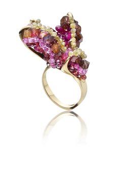 - Antler ring, 18kt gold Yellow diamond bead, Sapphire, ruby, apatite.