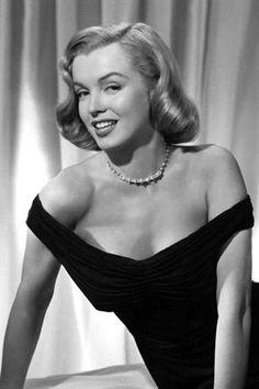 Capelli  #anni50. Marylin Monroe #haircut50 #historyhair