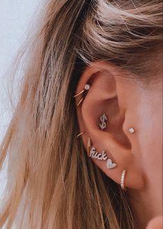 Unique Ear Piercings, Types Of Ear Piercings, Cool Piercings, Ear Jewelry, Cute Jewelry, Body Jewelry, Ear Peircings, Auricle Piercing, Accesorios Casual
