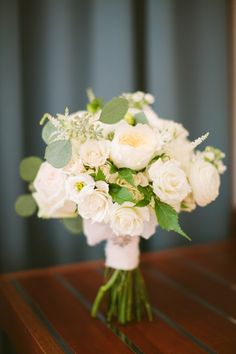 Ivory Rose Bouquet by Greenlion Weddings | photography by http://www.rebecca-arthurs.com