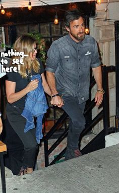 What are you trying to cover up, #JenniferAniston???