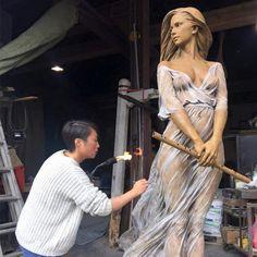 Las gráciles esculturas en bronce de Luo Li Rong celebran la belleza de las formas femeninas - Cultura Inquieta