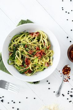 Cacio e Pepe With Bacon #healthy #dinner #recipes http://greatist.com/eat/healthy-dinner-recipes-for-two