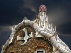 世界遺産 グエル公園 アントニ・ガウディの作品群の絶景写真画像 スペイン