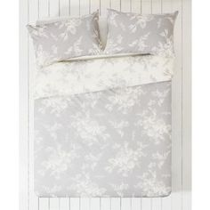 Buy Collection Lottie Grey and White Bedding Set - Kingsize at Argos.co.uk - Your Online Shop for Duvet cover sets.