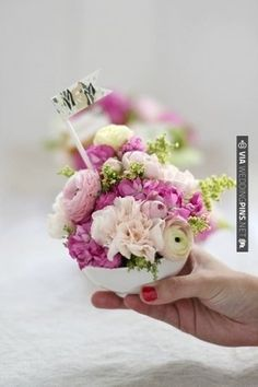 so cute >> how to make a mini floral arrangement | CHECK OUT MORE IDEAS AT WEDDINGPINS.NET | #weddings #diyweddings #diy