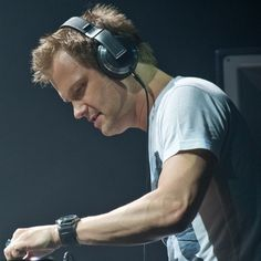 Dash Berlin performing live in Malaysia 2012 ....