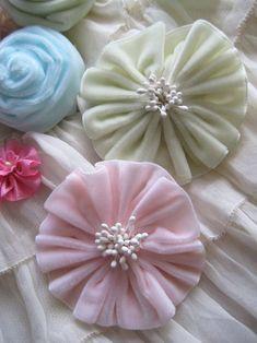 I ♥ Ribbon Flowers - Pretty Petals