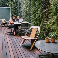 Herman Miller, Mexico City  An outdoor area gives the residents of Herman Miller's Living Office in Mexico City a relaxing, inspiring setting for casual meetings or individual work. @hermanmillermex