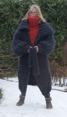 Angora Sweater, Sweater Coats, Pullover Sweaters, Women's Sweaters, Jumper, Gros Pull Mohair, Pullover Mode, Turtleneck Outfit, Grey Cardigan