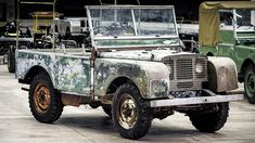 The Land Rover that helped launch the brand at the 1948 Amsterdam Motor Show is getting some much-needed TLC. Land Rover lost track of it for over 60 years, but eventually found it again. Jaguar Land Rover, Land Rovers, Land Rover Defender, Automobile, Carros Premium, Cheap Car Insurance, Off Road, Restaurant, Car Wheels