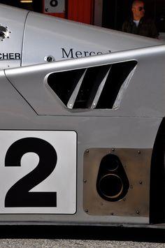 Mercedes C9.