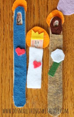Do Small Things with love, thank you!  Felt popsicle stick nativity~