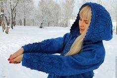 Верхняя одежда ручной работы. Пальто валяное Сияние синего. Марина Власенко. Ярмарка Мастеров. Плащ женский, бисер