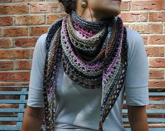 Azzu's Shawl- Easy knit and free pattern, on Ravelry.com