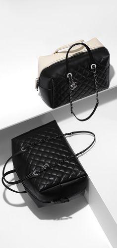 Large bowling bag, calfskin-black - CHANEL