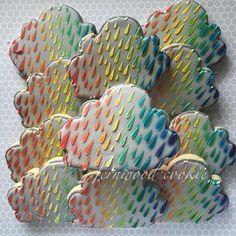 Stenciled Cloud Cookies