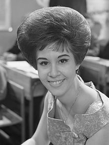Helen Shapiro (born 28 September 1946) ||   Helen Shapiro - official site:  http://www.mannamusic.co.uk/